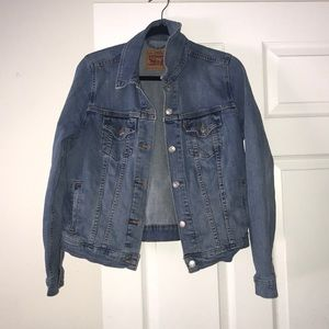 Levi Light-Medium Denim Jacket - Large